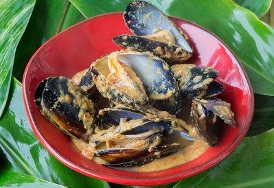 Spiced Blue Mussels in Coconut Milk